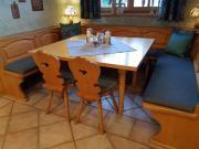 Verkaufe Tische und