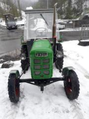Verkaufe Traktor Fahr