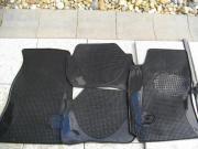 VW Passat Gummi-Fußmatten alle 4